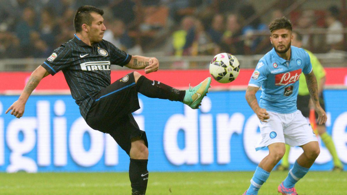Inter de Gary Medel cae ante el AS Roma y se aleja de la lucha por el título