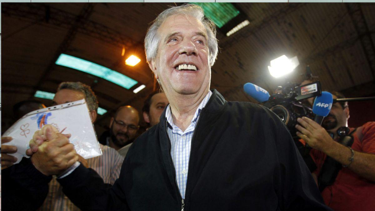 Elecciones en Uruguay: Tabaré Vázquez gana la presidencia con el 53% de los votos