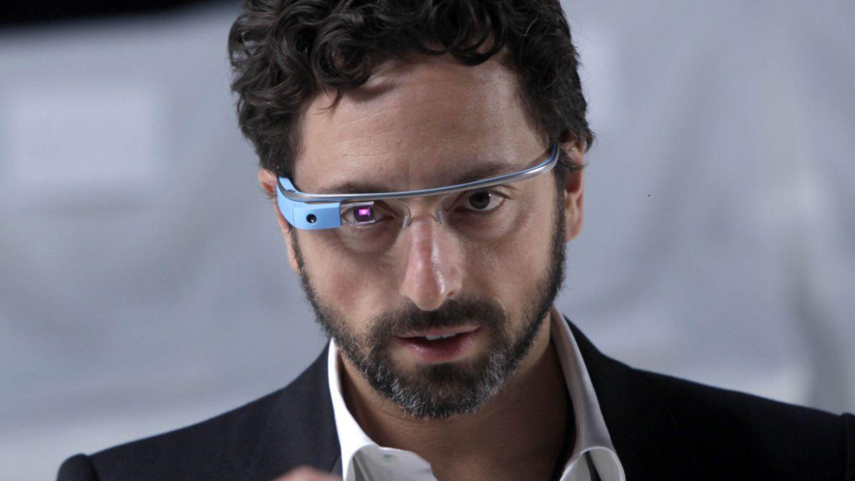 Google anunció que dejará de producir gafas inteligentes