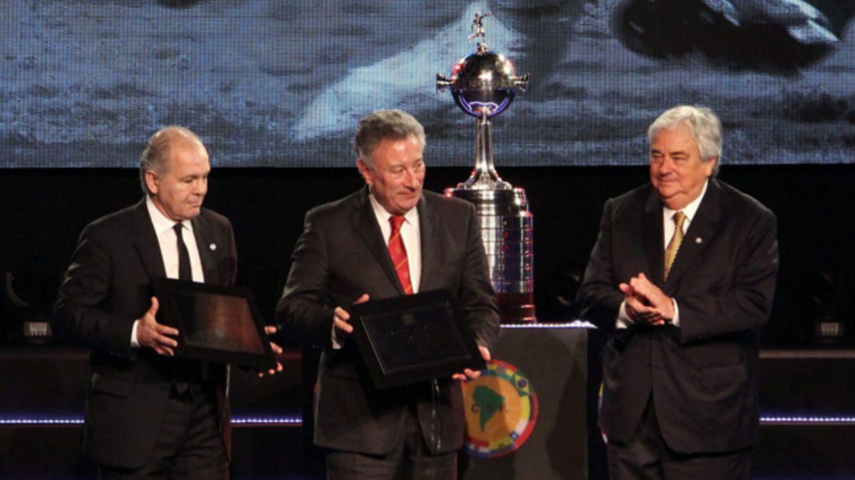 Emelec podría no ser rival de Chile 2 en el Grupo 4 de Copa Libertadores