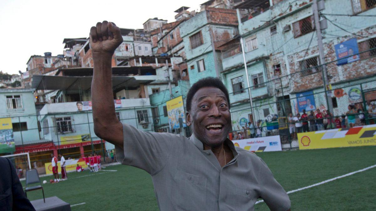 Pelé continúa hospitalizado pero sin síntomas de la infección que lo aqueja