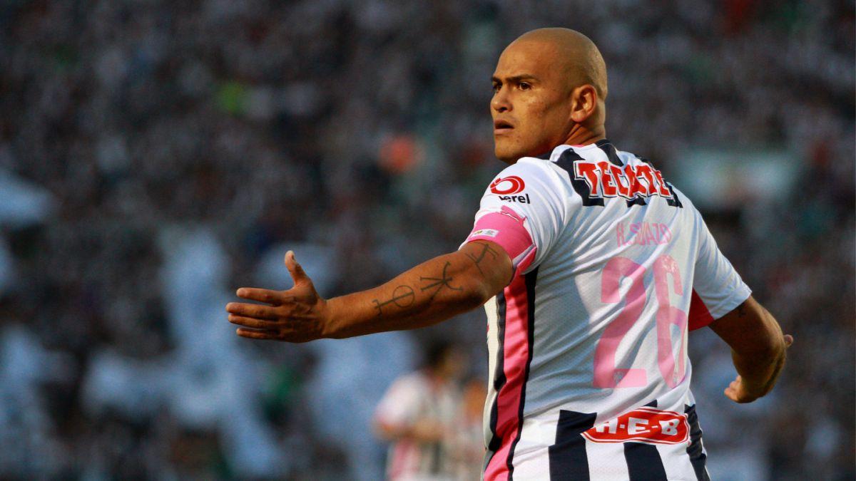 Humberto Suazo se despide del cuerpo técnico en adiós definitivo al Monterrey