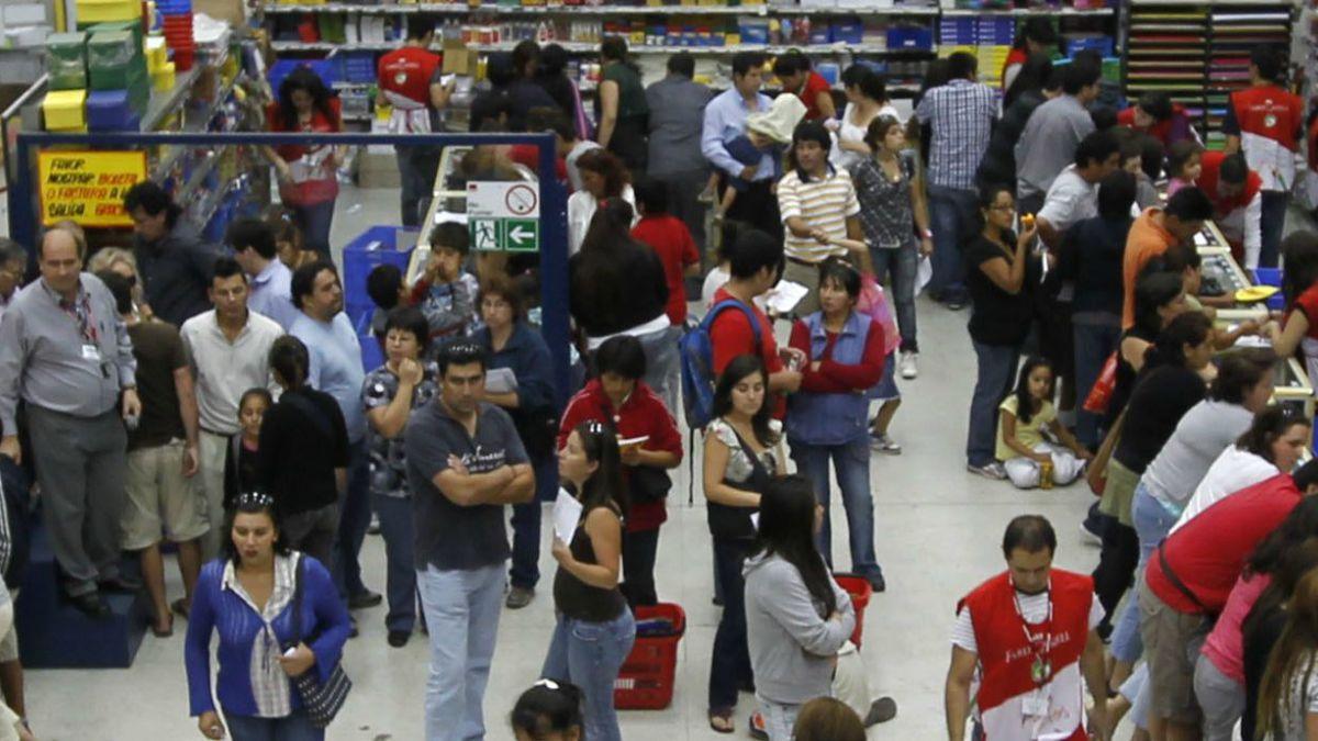 Percepción económica de consumidores registra peor nivel en 5 años