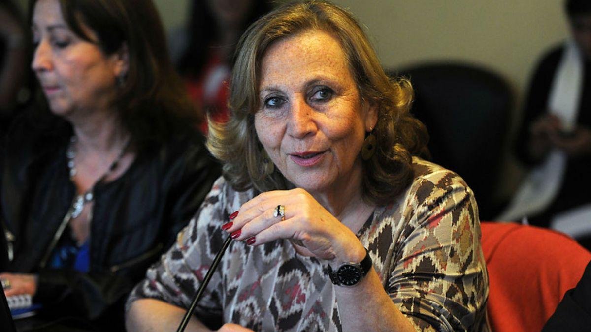 Ministra Molina: En clínicas cuicas familias conservadoras han hecho abortar a sus hijas