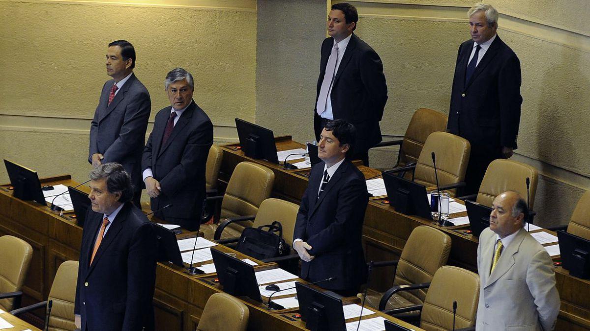 Bellolio (UDI): No estuve de acuerdo ni participé de minuto de silencio