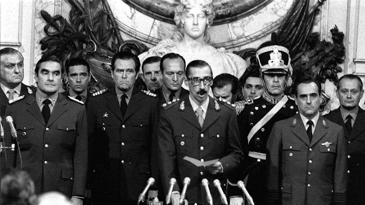 """Militar argentino que señaló fosa de desaparecidos: """"El Gobierno no quiere que se sepa la verdad"""