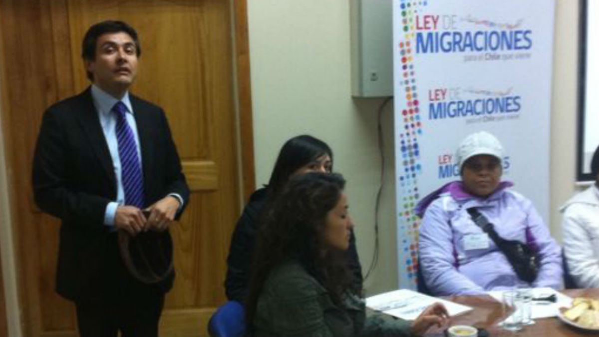 Al día más de 2.100 extranjeros solicitan residencia en Chile