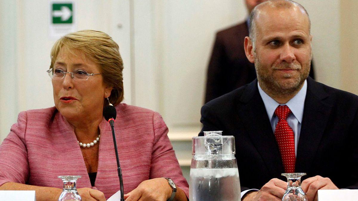 La Moneda destaca aprobación de reforma al binominal y PUC