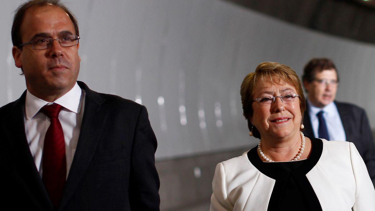 Caso Penta: Gobierno y DC reafirman respaldo a ministro Undurraga