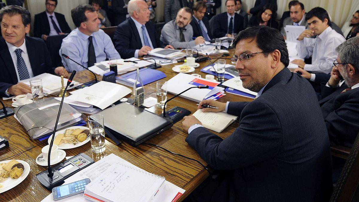 Comisión de Hacienda de la Cámara aprueba artículo 1 del proyecto de ley de reforma tributaria