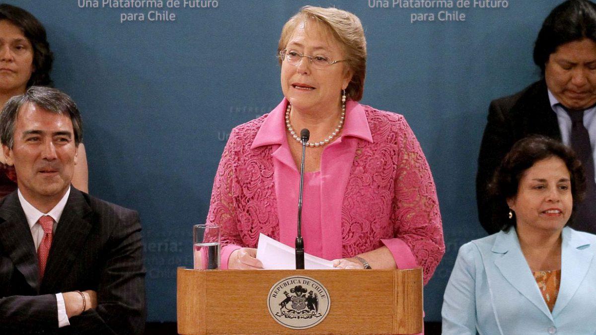 Bachelet anuncia Consejo Público-Privado para potenciar minería sostenible