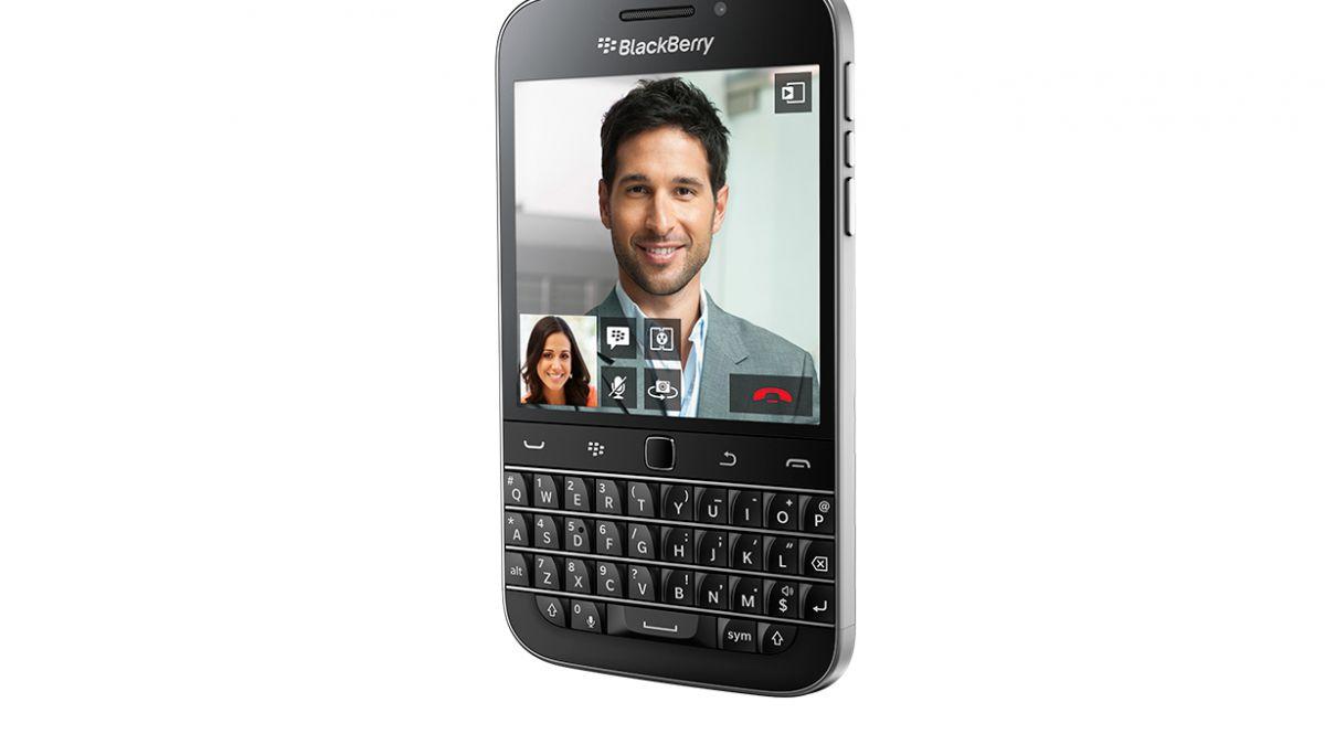 Blackberry presentó nuevo teléfono que mira al pasado