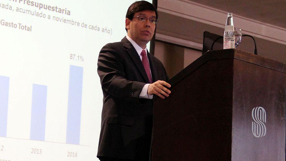 Arenas: Proceso de ajuste de la economía es sano y sin desequilibrios
