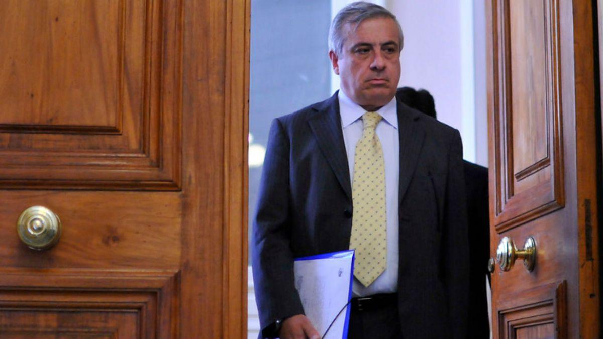 """Mañalich y Ley de Fármacos: """"Es una bofetada al parlamento en favor de la Industria"""