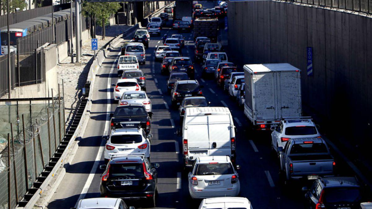 Vehículos en pana son el incidente de mayor impacto en autopista urbana