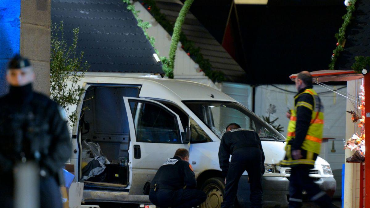 Hombre lanza su auto contra mercado en Francia y hiere a 10 personas gritando Alá es grande