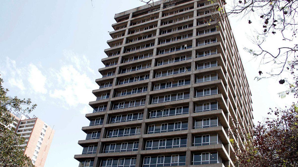 Metros cuadrados vacantes de oficinas llegan a su nivel más alto en 7 años