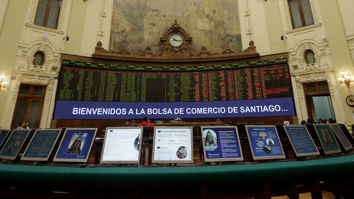 Bolsa de Santiago cierra con importante alza