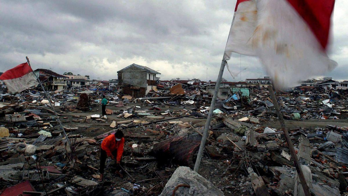 Con distintas ceremonias recuerdan los 10 años del tsunami en Asia
