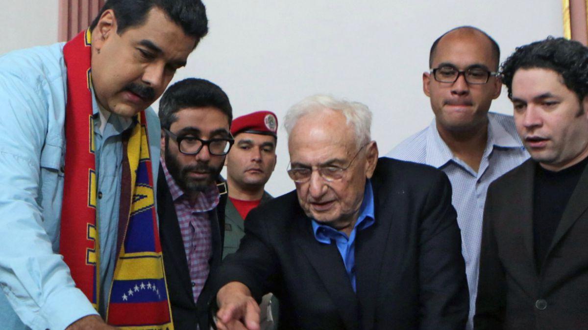 Maduro recluta a los mejores arquitectos del mundo