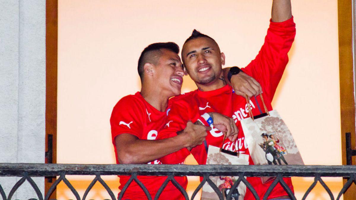 Sánchez, Vidal y Bravo integran ranking de mejores jugadores de 2014 de  L Equipe