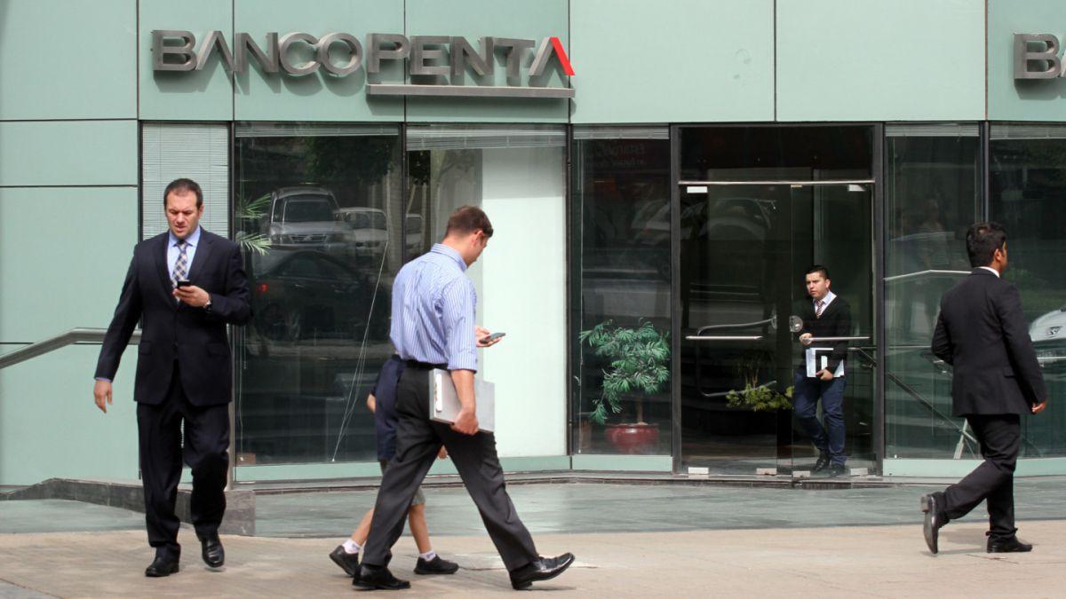 Nueve horas declaró Carlos Alberto Délano ante la Fiscalía