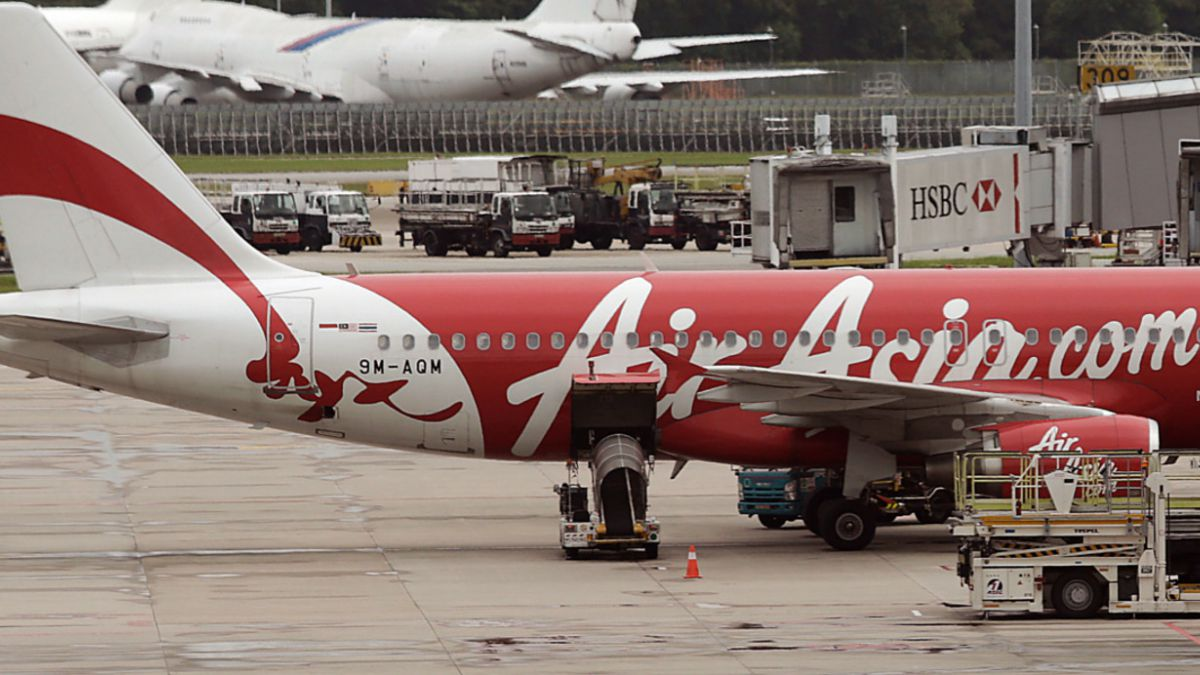 Familia de diez personas se salvó por milagro de tomar vuelo de AirAsia