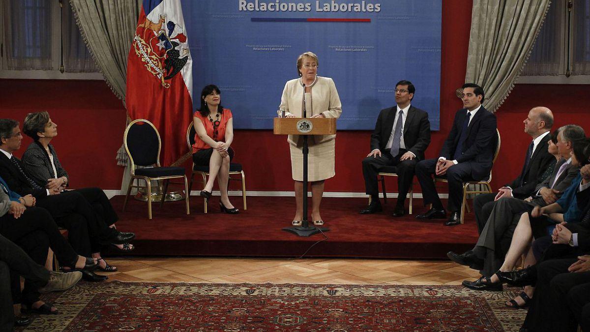 Reforma Laboral: Gobierno dice que es pro empleo y CPC critica reforma sindical