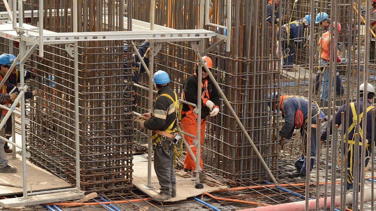 Actividad de la construcción crece levemente en marzo tras nueve caídas consecutivas