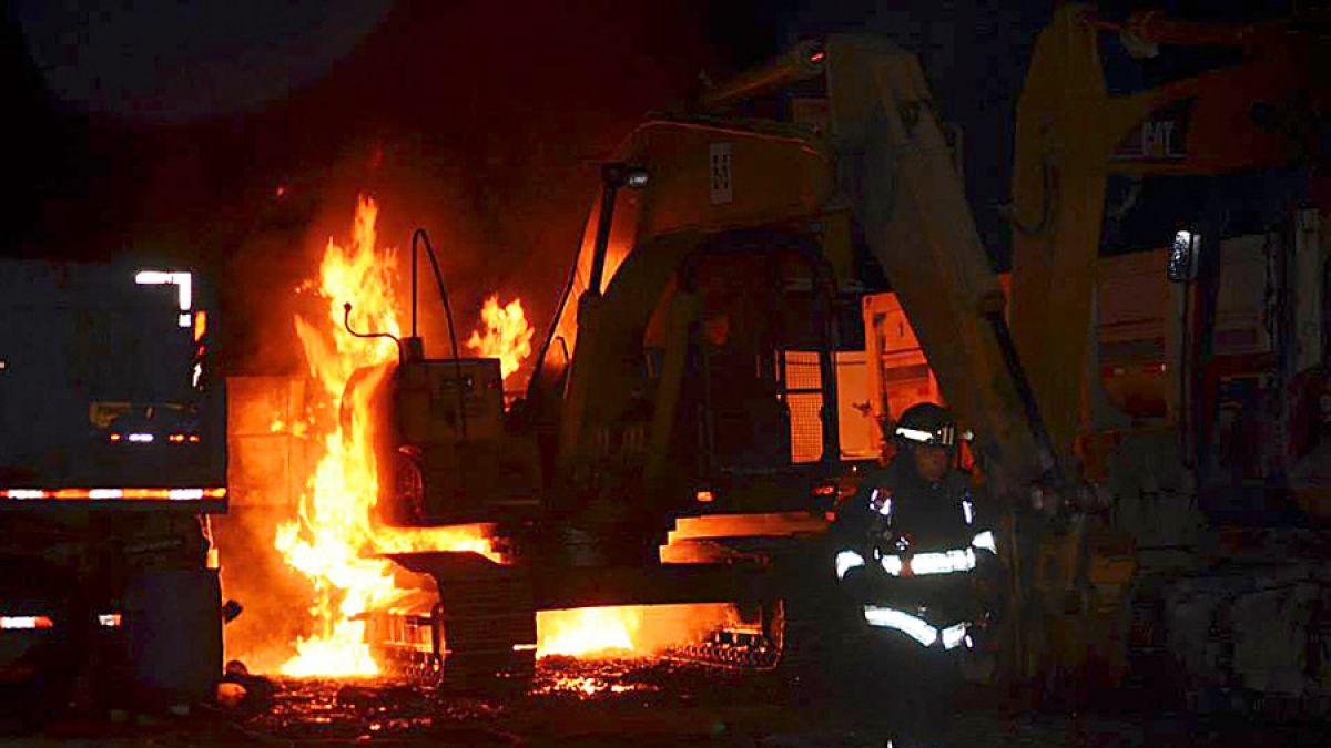 Incendian maquinaria agrícola en el sector sur de la ciudad de Temuco