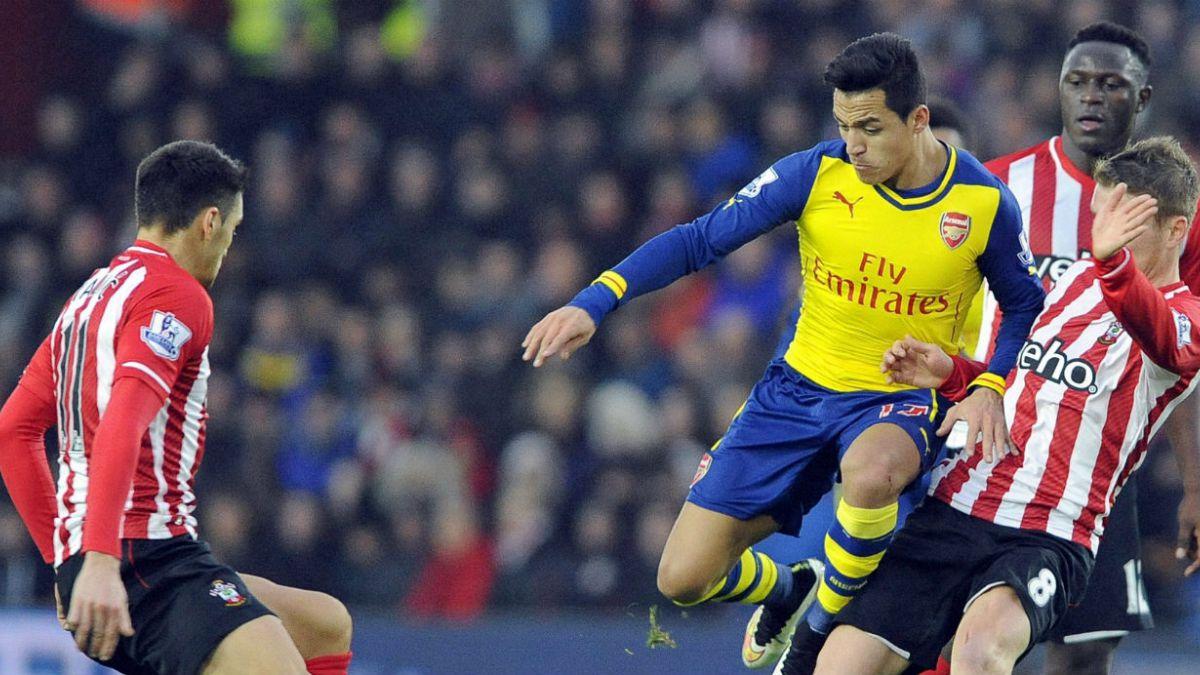 Arsenal parte el 2015 con derrota tras caer ante Southampton