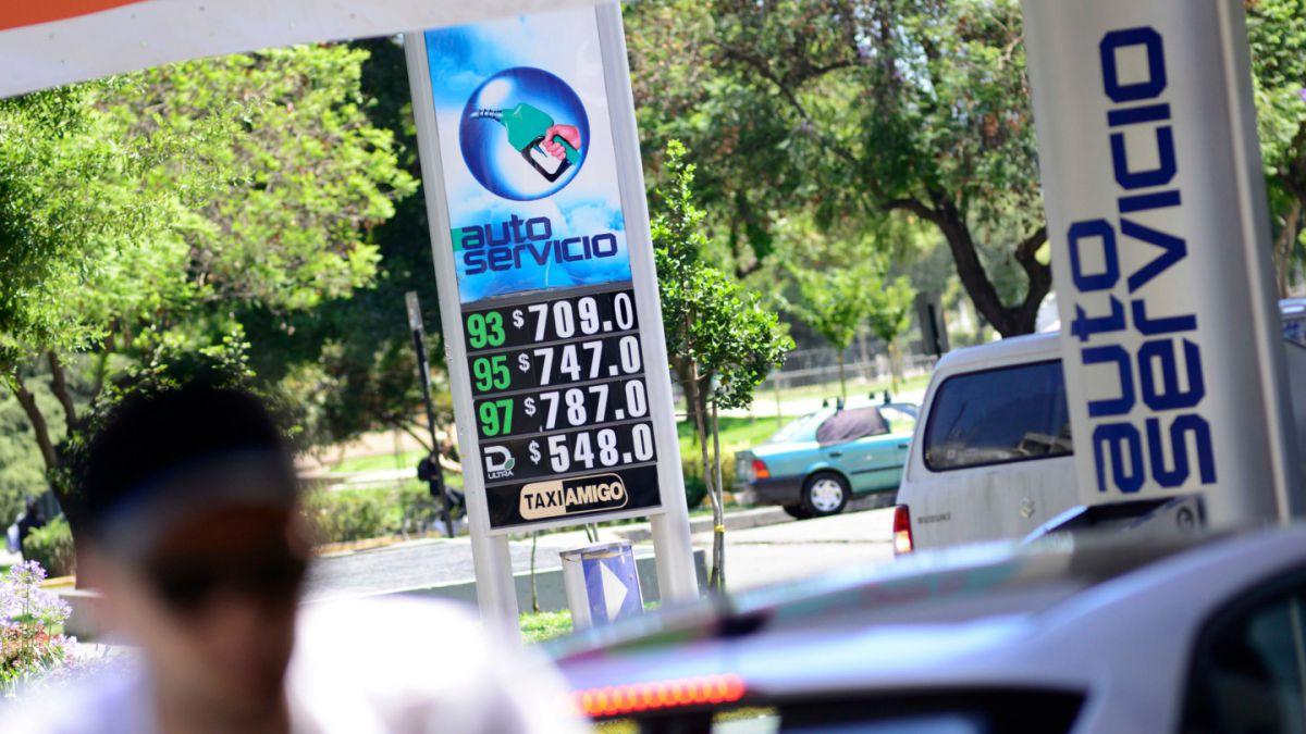 ENAP: Precio de bencinas caen luego de cinco semanas de alzas consecutivas