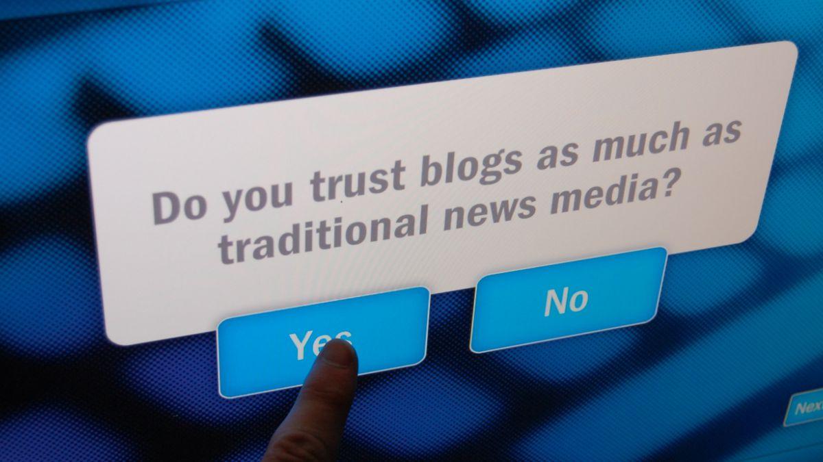 Abogado especialista en ciberpolítica critica la ambigüedad de ley de medios digitales