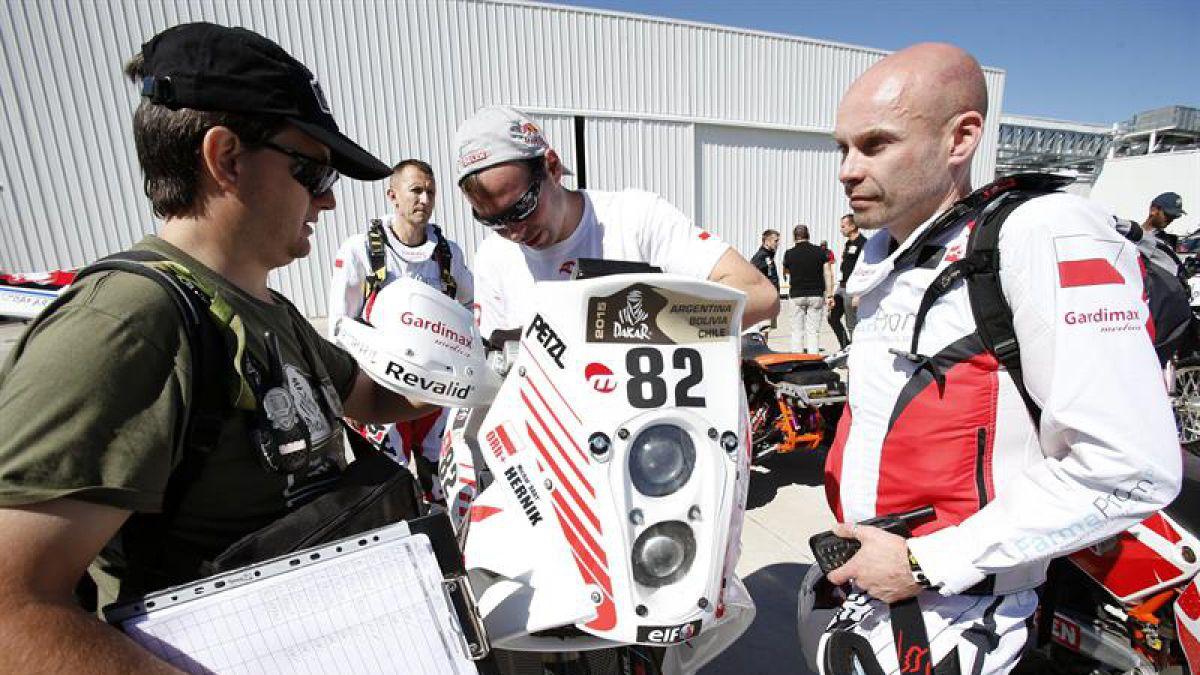 Dakar 2015: Fallece piloto polaco Michal Hernik