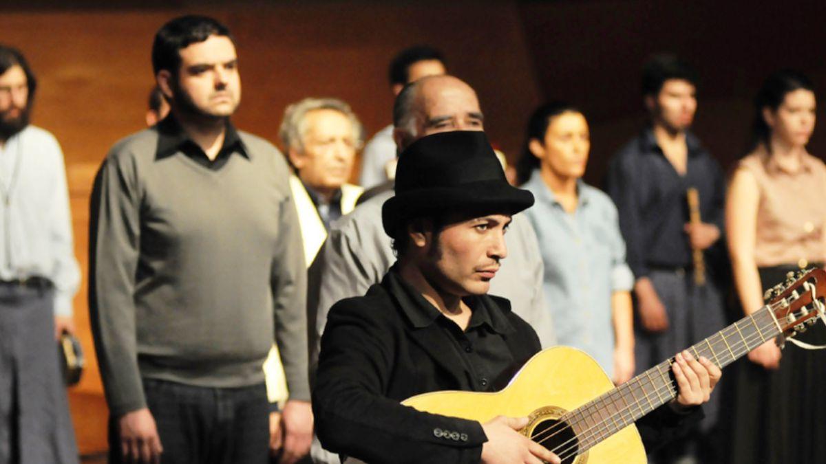 La aclamada obra teatral sobre Víctor Jara que renace este 2015