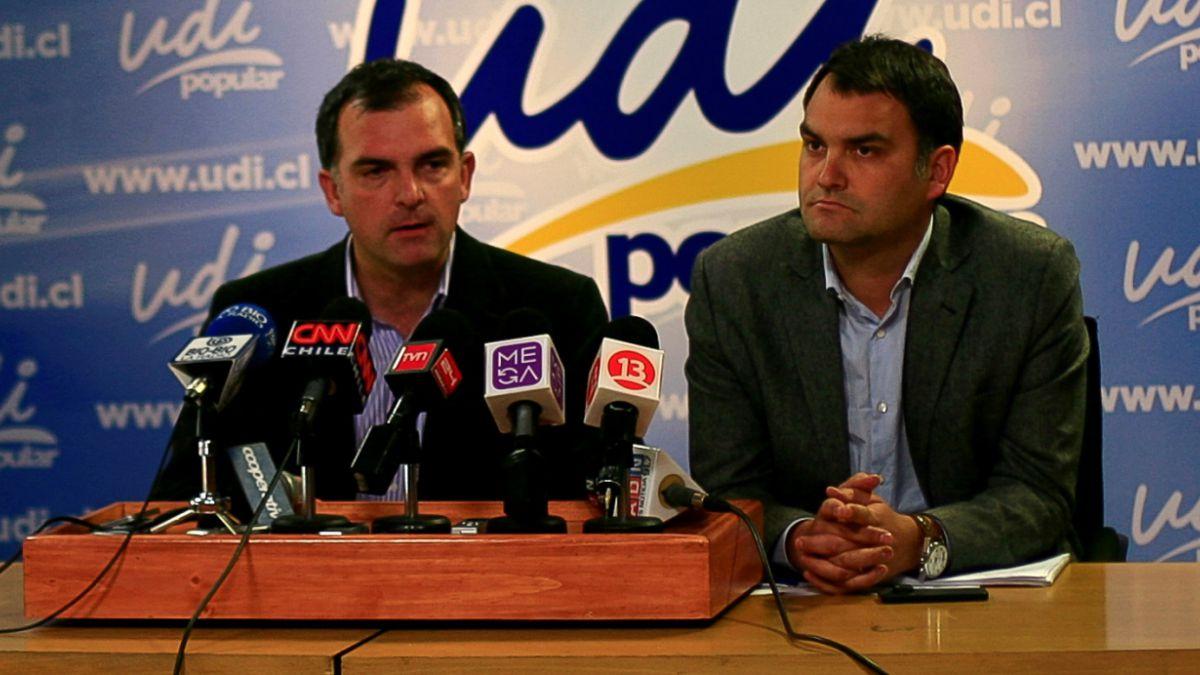 Plaza Pública- Cadem: UDI es el partido peor evaluado en medio de caso Penta