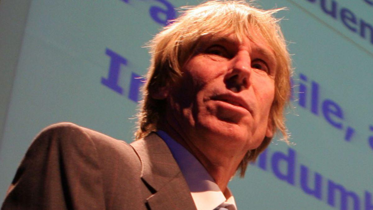Hernán Büchi dice que ser empresario es visto hoy como sinónimo de abusador