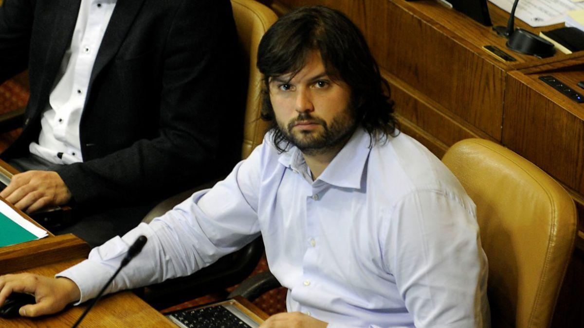 Gabriel Boric: Me dio vergüenza ver a Von Baer y Moreira votando como si nada hubiera pasado
