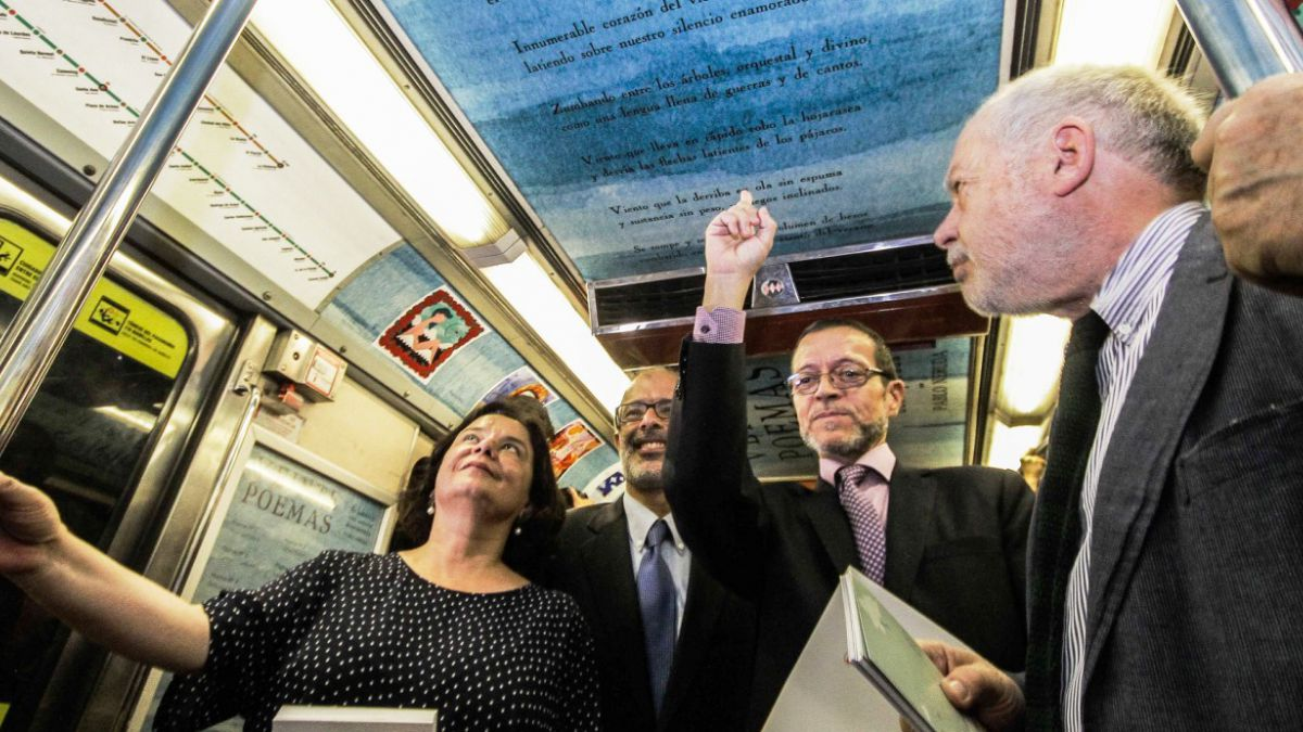 Poesía de Pablo Neruda decorará el Metro de Santiago