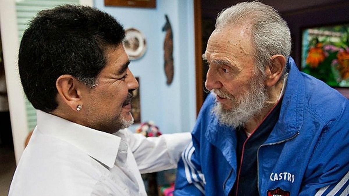 Fidel Castro reaparece y le envía carta a Maradona