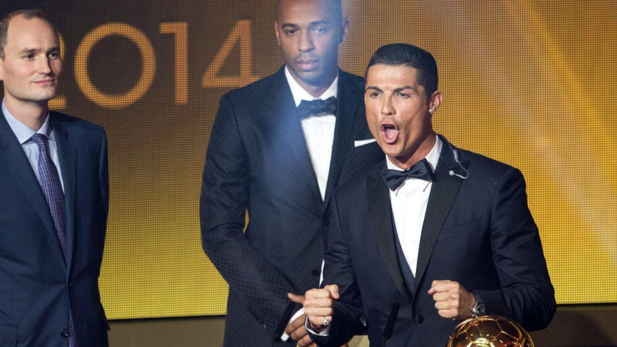 [VIDEO] Cristiano Ronaldo le enseña a un hincha cómo hacer su particular grito