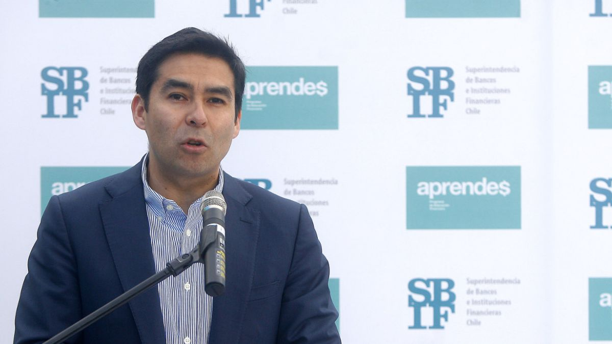 """Superintendente de Bancos y caso Penta: """"Estamos haciendo un seguimiento permanente al banco"""""""