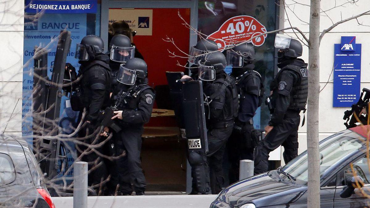 Autor de toma de rehenes cerca de París fue detenido por la policía