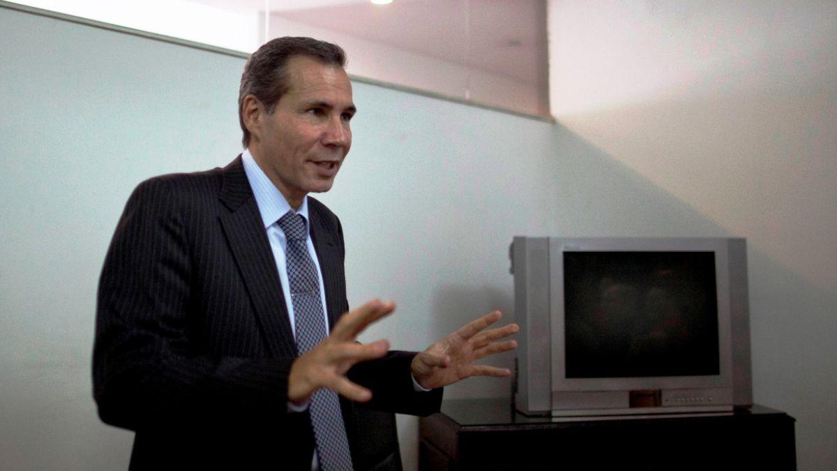 Hombre que prestó arma a fiscal Nisman arriesga hasta 6 años de cárcel