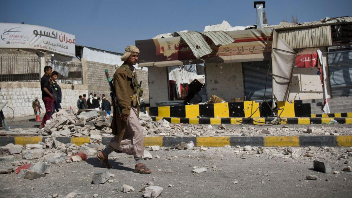 Yemen: Cierran varias embajadas en la capital tras violentos combates