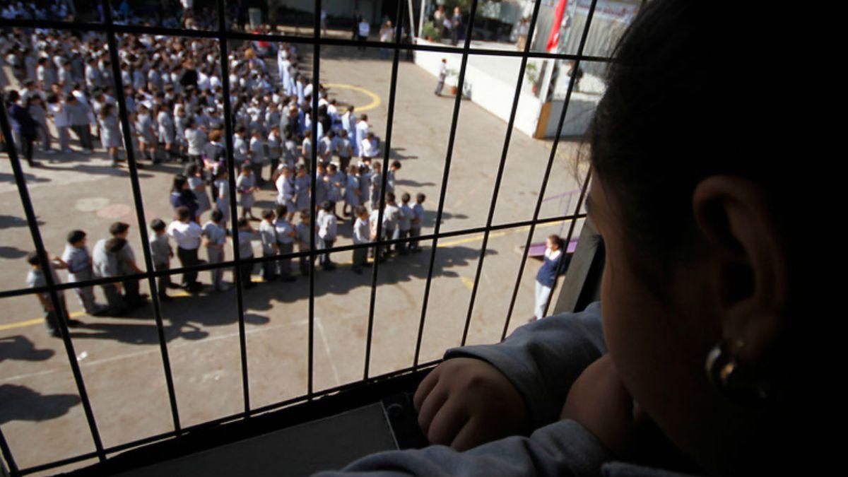 Directores de colegios apoyan reforma, pero creen que gobierno ha actuado con improvisación
