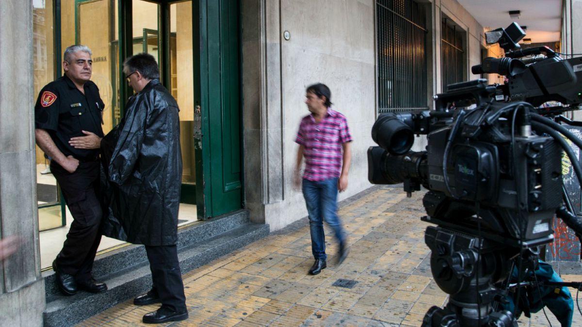 #AlbertoNisman: Allanan oficinas de fiscal fallecido