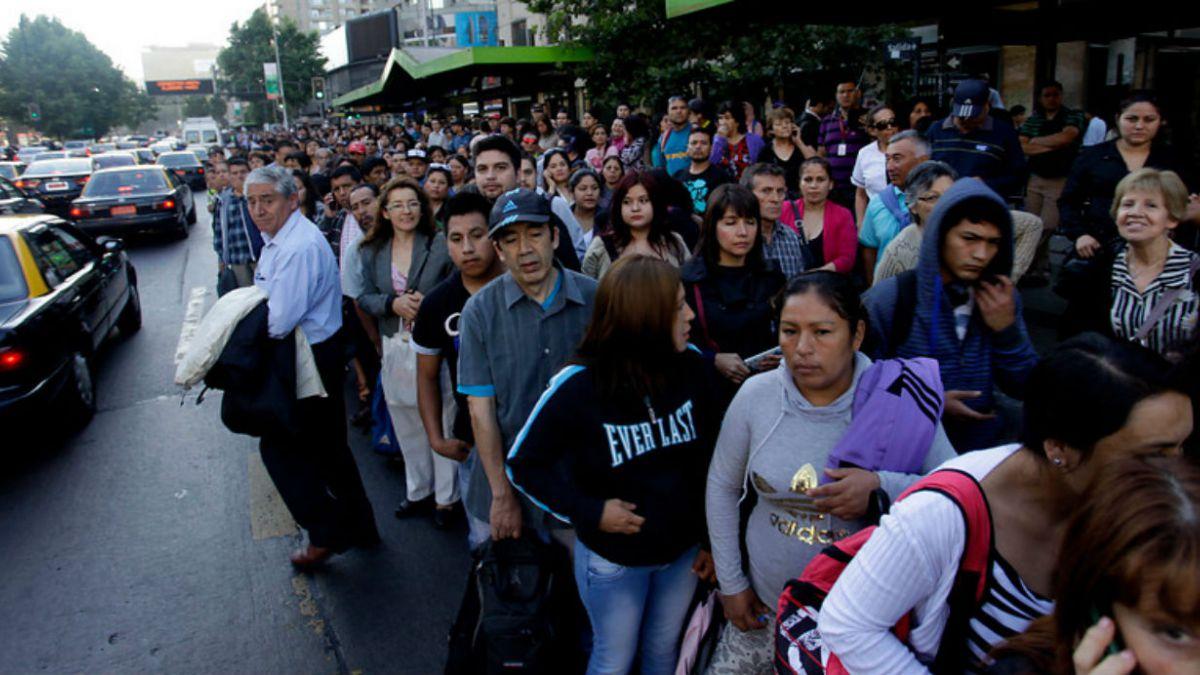 Crean comité de emergencias para el transporte público en Santiago