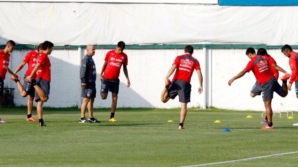 La Roja realiza su primera práctica del 2015