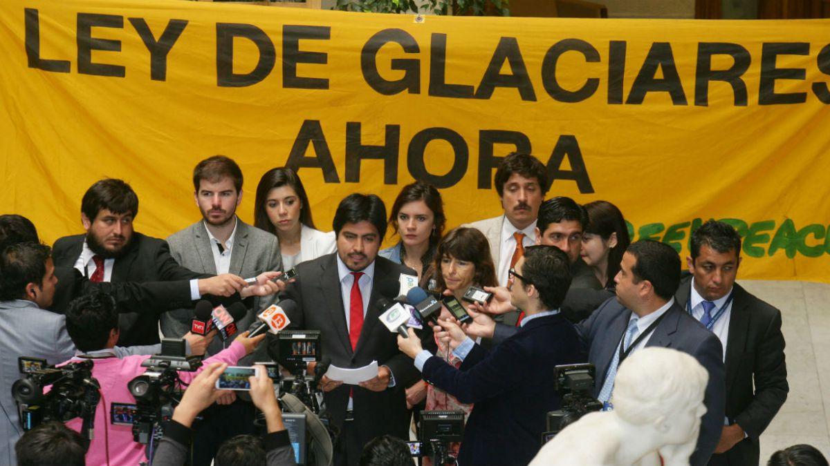 Diputados piden al gobierno legislar sobre protección a glaciares